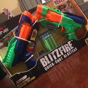 NIB Dart Zone BlitzFire Blaster